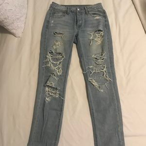 """American Eagle high wasted """"tom girl"""" jeans"""